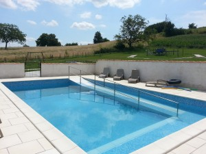Wheelchair accessible pool (lightweight pool wheelchair on site)