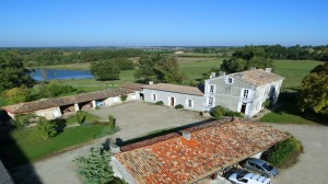 Great Wheelchair Accessible Bu0026B With Pool Near Bordeaux.